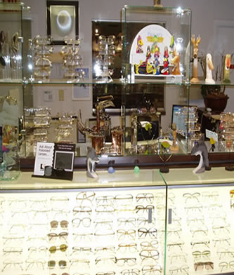 eyeglasses and glasses accessories display case